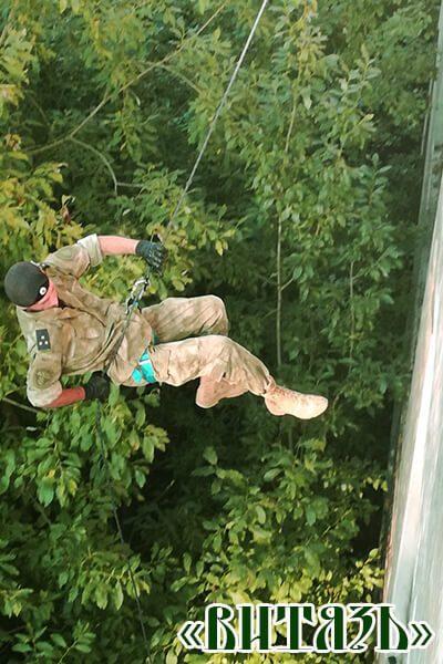 Инструкторский состав это действующие офицеры силовых ведомств, готовые научить вас всему, что поможет выжить.